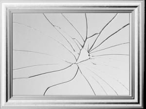 cracked-mirror-psd40874